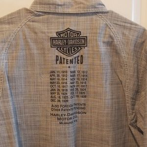 Harley-Davidson Shirts - H-D Light weight Long sleeve button up gray/blk